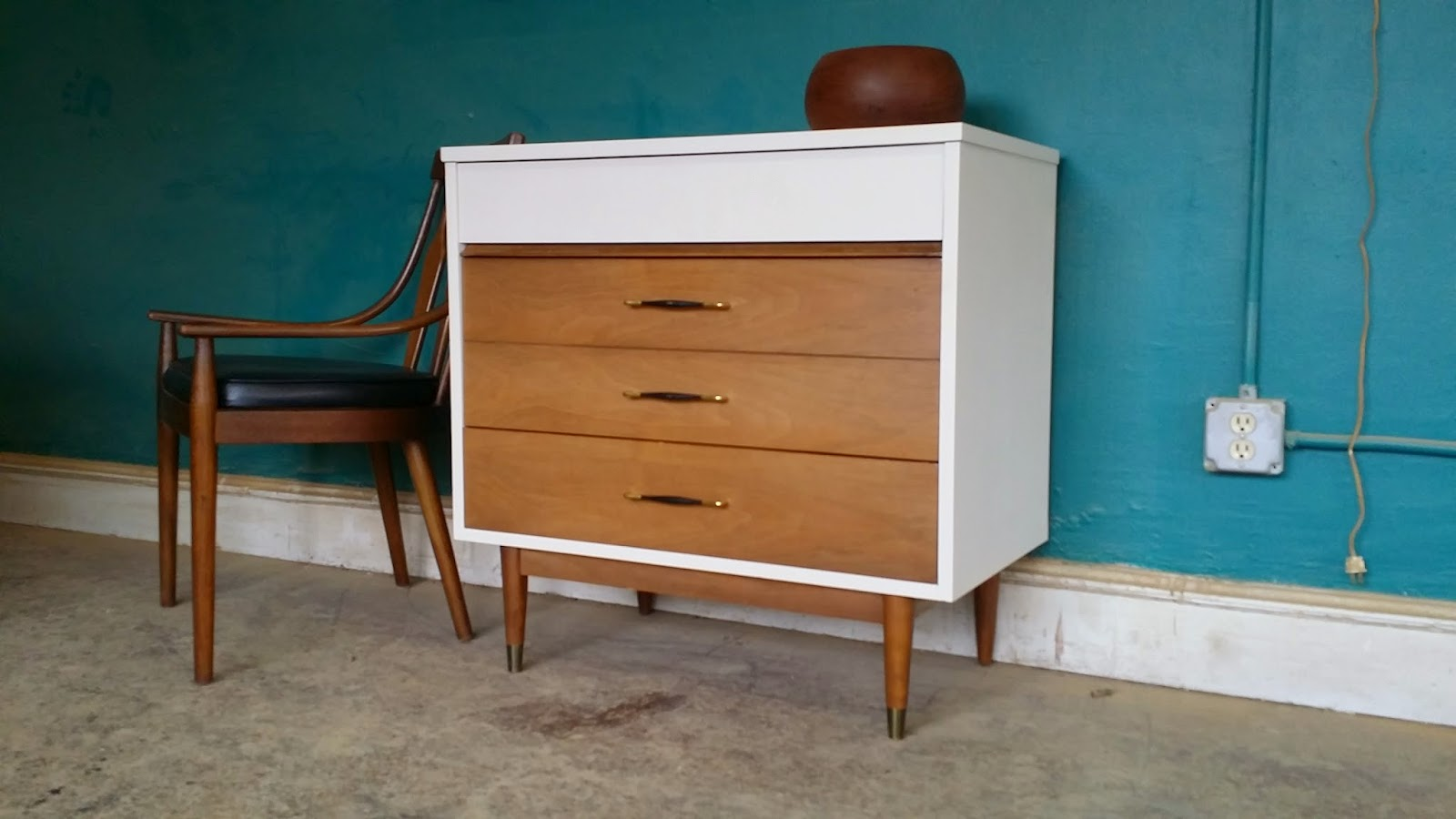 Popular 224 List mid century changing table