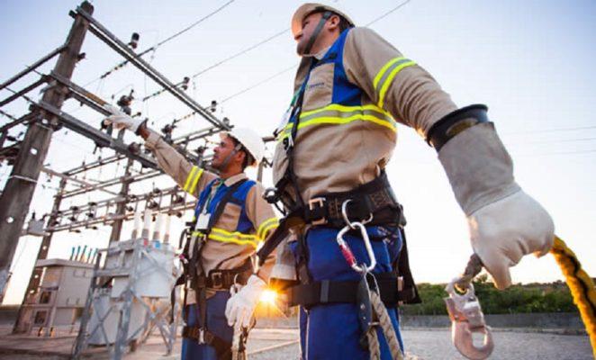 COELBA-abre-2.100-vagas-para-curso-gratuito-de-Eletricista-em-Salvador-F.-de-Santana-e-V.-da-Conquista-1-e1535636313464