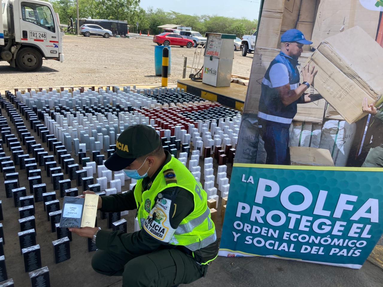 https://www.notasrosas.com/Polfa y Dian decomisan lociones por más de 155 millones de pesos, en El Ebanal