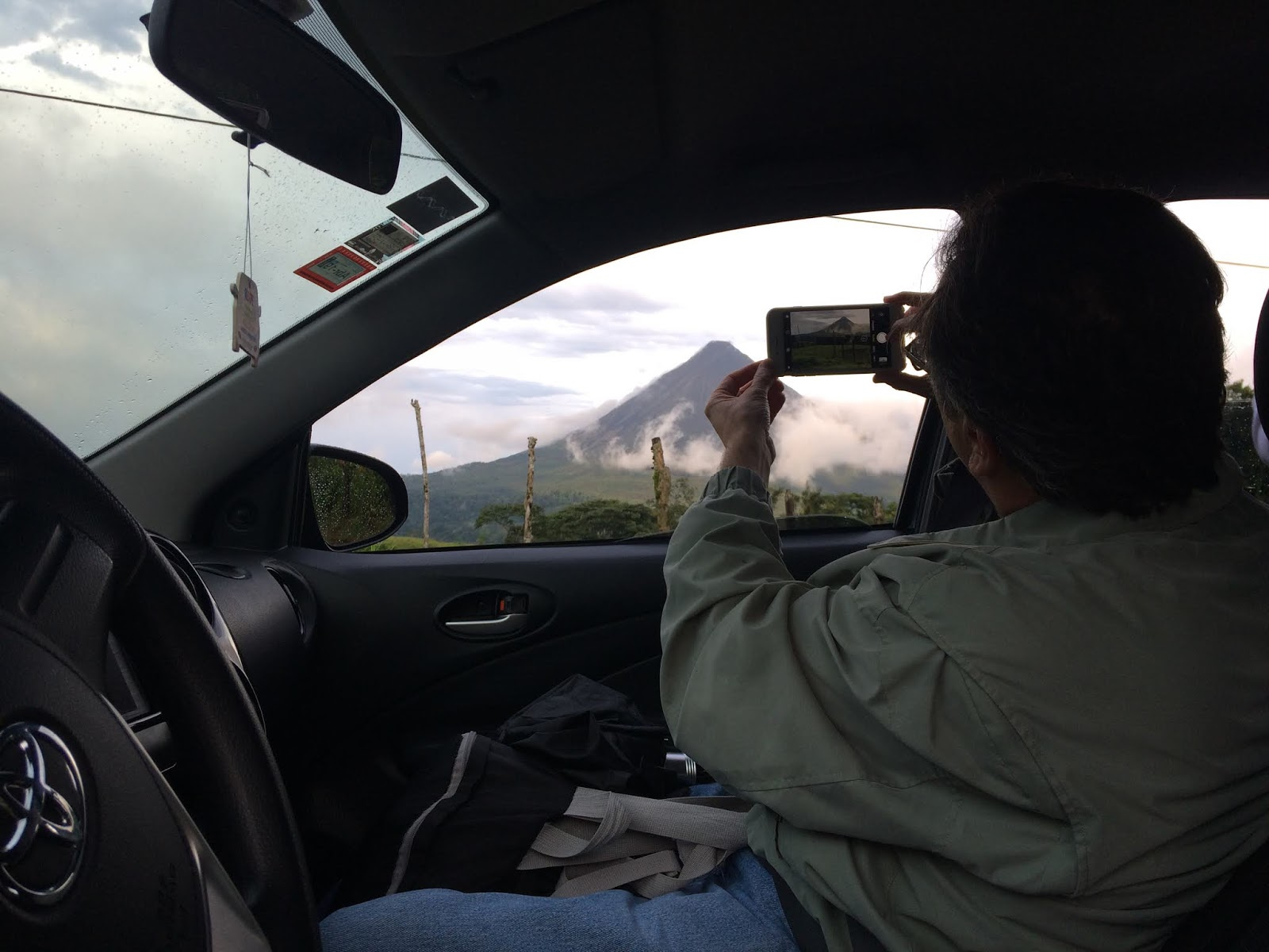 A view of the Arenal Volcano,True driver CR.