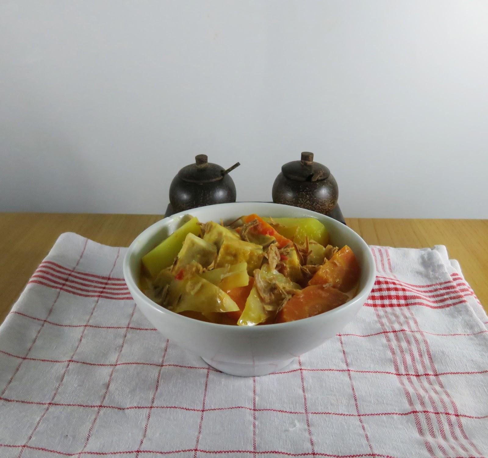 indonesisch kochen One-Pot Meals: Tofu Gemüse mit Sambal Oelek Gewürzmischung