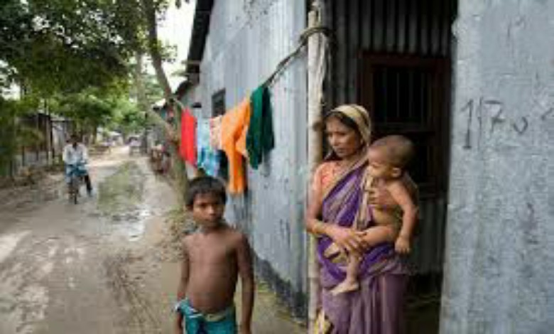 state has to pay  of Rs 1 lakh to the children of homeless families, as directed by the Child Protection Commission