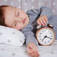 8 Conseils pour aider les enfants à besoins particuliers lors du changement d'heure.
