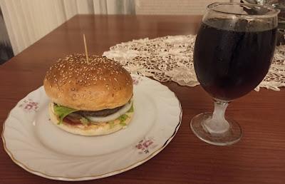 Ev Yapımı Gurme Burger Tarifi ve Nasıl Yapılır?