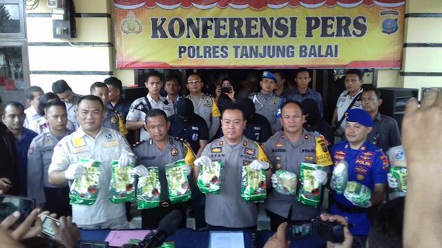 Polres Tanjungbalai Gagalkan Peredaran Sabu 15 Kg, Oknum Berpangkat Brigadir Terlibat