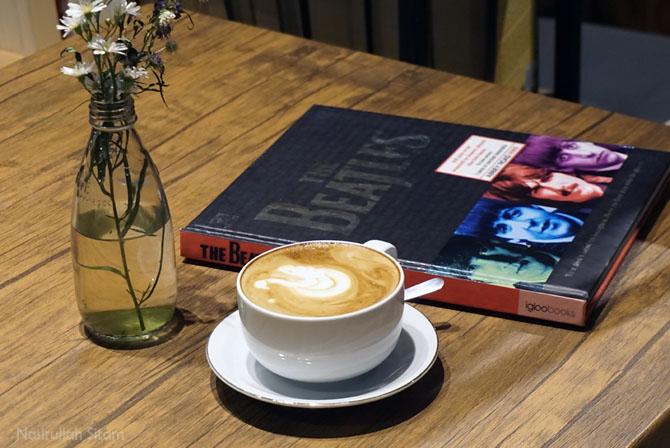 Coffee Latte di Medpresso Coffee and Garden Jogja