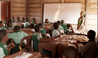 SS3 students set to receive lectures through radio and TV in lagos