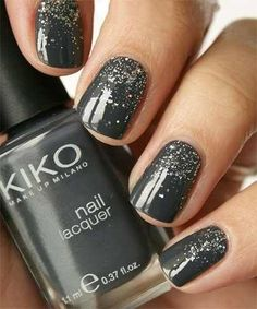 Gray and shiny Nail Art