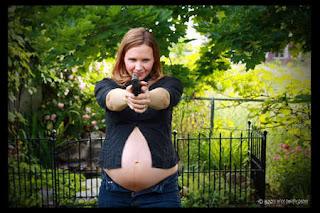 Kumpulan Foto-foto Ibu Hamil yang Bikin Ngakak