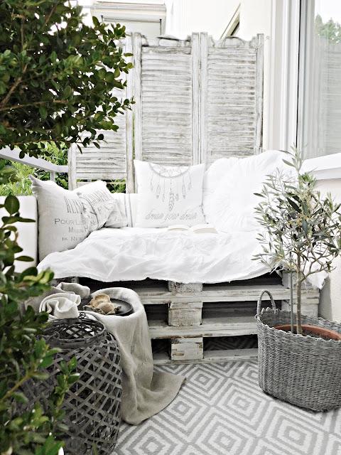 Diy Balkon Lounge Und Erste Erkenntnisse By Meisje