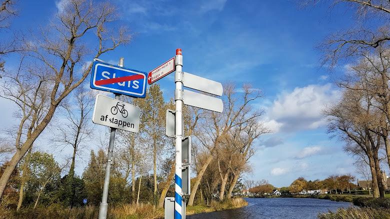Sluis 荷蘭小鎮的入口處
