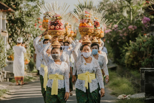 Sandiaga Uno Sebut Bali Siap Sambut Wisatawan Dengan Proses Vaksinasi 70 Persen.lelemuku.com.jpg