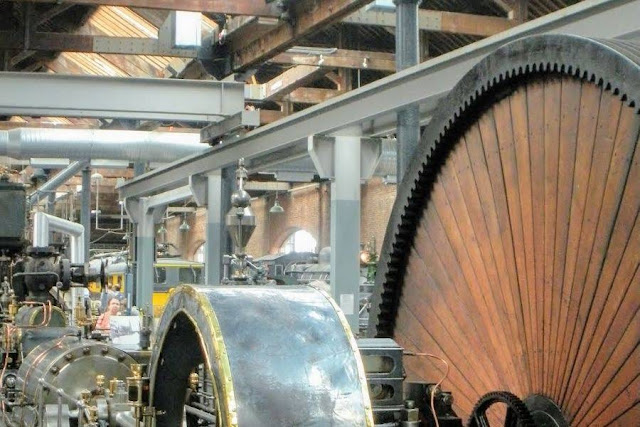 Things to do in Manchester England in a day: See the machines at the Museum of Science and Industry (MOSI)