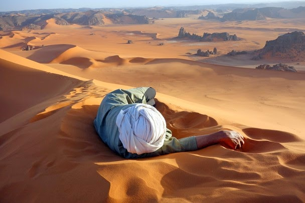 A well earned rest in the Sahara