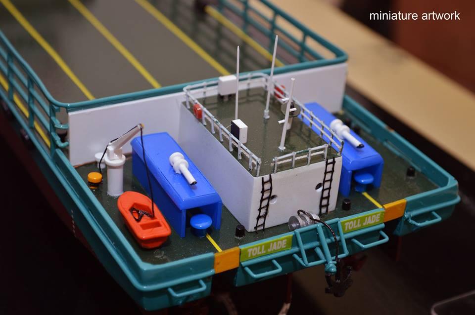 tempat jual miniatur kapal lct toll jade general cargo ship milik perusahaan toll logistic asia ltd singapura planet kapal