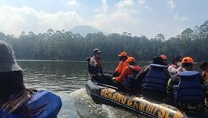 Kolonel Kav Purwadi Ajak Sejumlah Awak Media Kelilingi Situ Cisanti