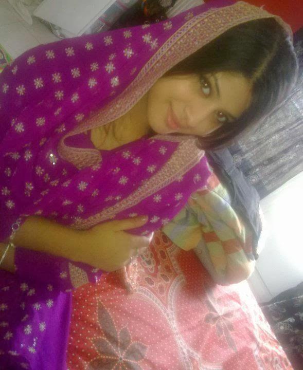 Pretty Slim and Hot Punjabi Girls Photo Collection