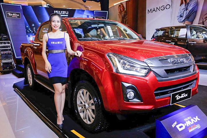 10 ô tô bán ít nhất Việt Nam nửa đầu năm 2020