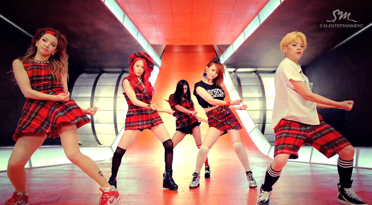 "Oddness/Weirdness: Video of the Day: f(x)'s ""Rum Pum Pum ... F(x) Sulli Rum Pum Pum Pum"