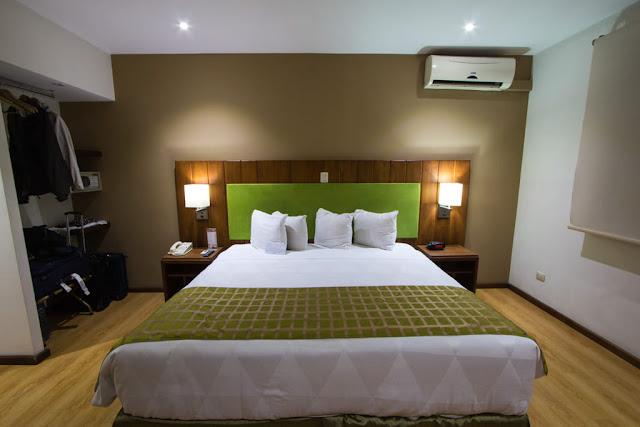 Habitación del hotel Country Inn & Suites en San José, Costa Rica