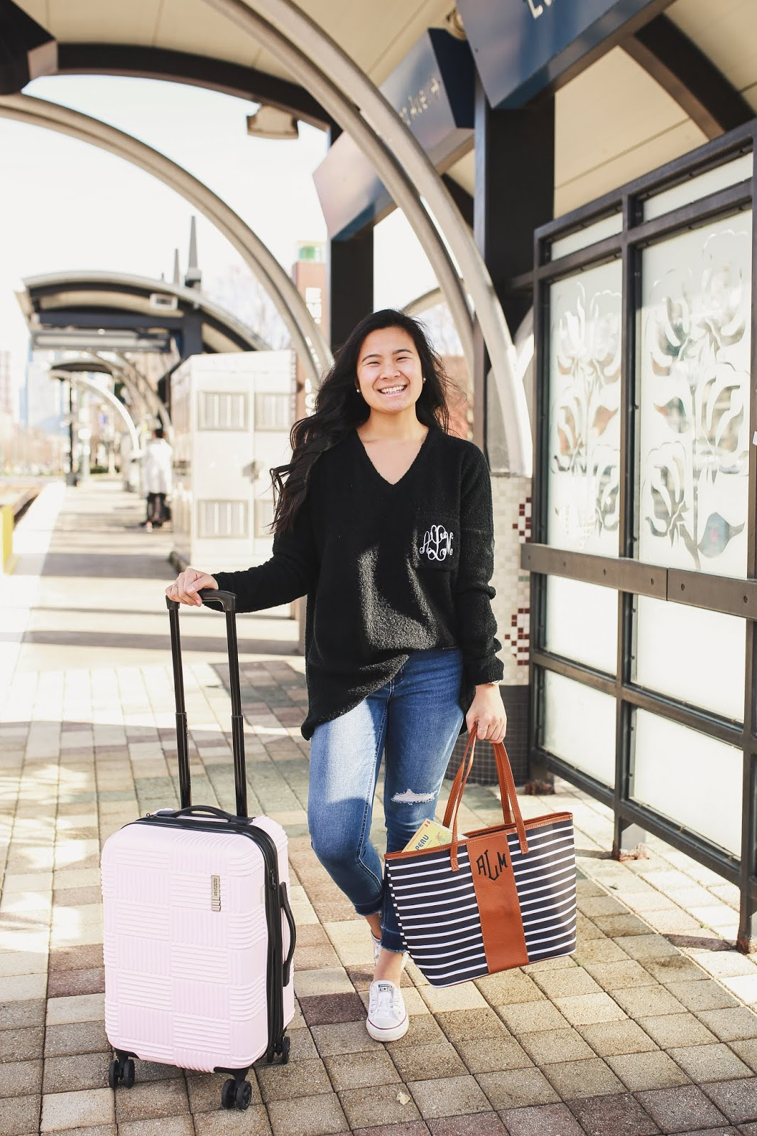 Comfy travel outfit - Marley Lilly
