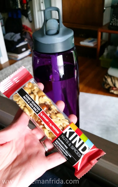 kind bar, honey roasted nuts and sea salt, snack, healthy, what I ate, tasty tuesday