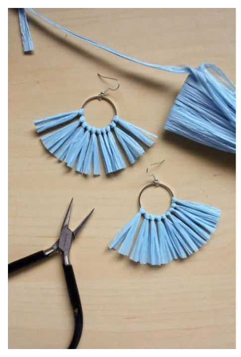 Raffia Hoop Earring tutorial