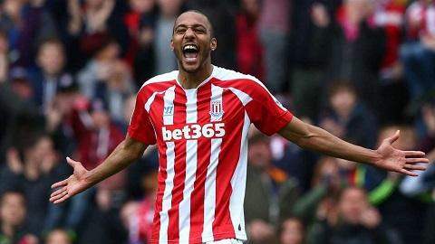 Steven N'Zonzi đã có kinh nghiệm thi đấu tại Premier League trong màu áo Stoke City trước khi đến với Sevilla.