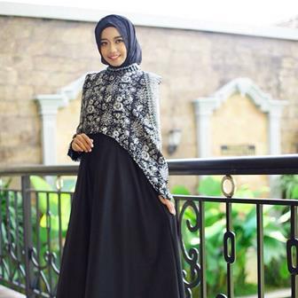 Baju Batik Atasan Wanita Muslim Terbaru