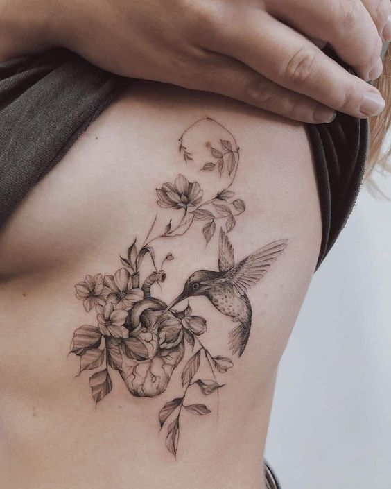 Hummingbird-with-Flowers-Ribs-Side-Tattoo