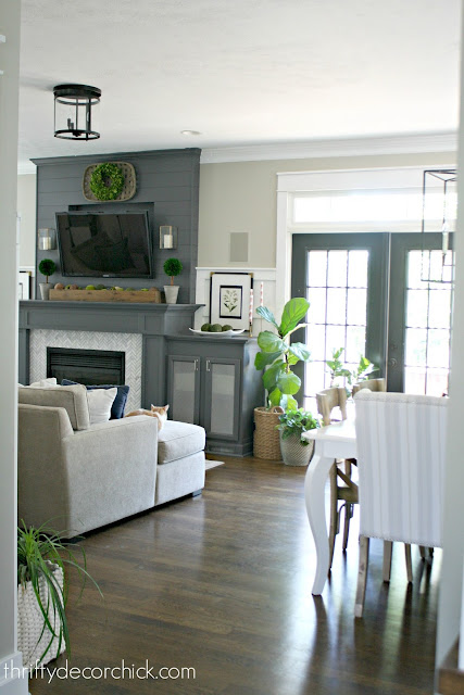 Great room makeover with kitchen and family room