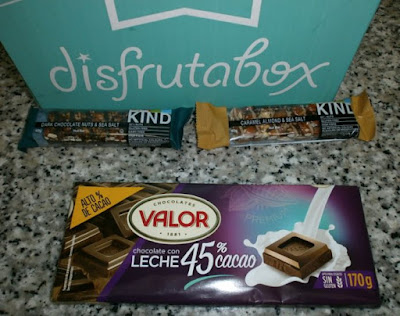 Disfrutabox: Chocolate valor, barritas Kind