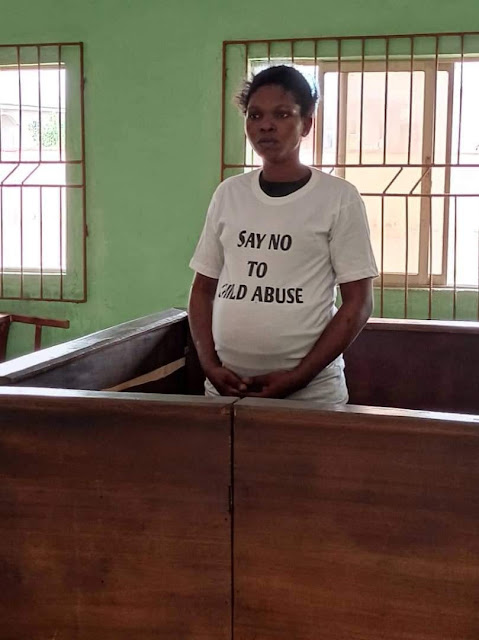 Pregnant woman who stripped and tied up her 12-year-old daughter in Delta state is sentenced to five days for child abuse (Watch videos)