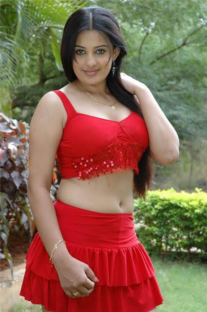 Roopa Kaur Photos