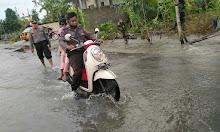 Akses Jalan Persawahan di Desa Tonrongnge Tergenangi Air