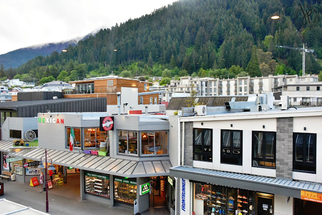 shops, alpine view