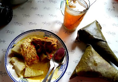 Lontong Tuyuhan Kuliner Khas Rembang