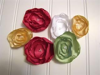 curled edge flowers DIY