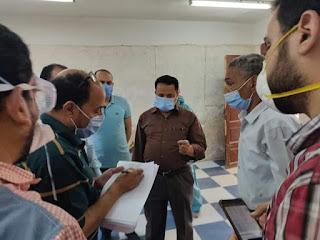 رئيس مركز ابوحماد و نائبة محافظ الشرقية يتفقدا الحجر الصحي بمستشفي ابوحماد المركز