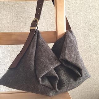 ウール麻とレザーのバッグ