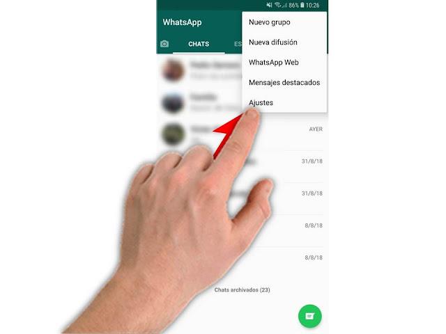 para evitar que la imágenes se descarguen solas en whatsapp debemos entrar ajustes