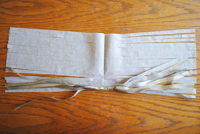 paper tassel rollen