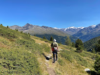 On Trail 542 below Bormio 3000 with view toward Monte Confinale.