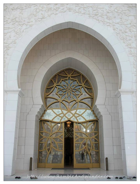 Sheikh Zayed Grand Mosque, Abu Dhabi, United Arab Emirates, UAE