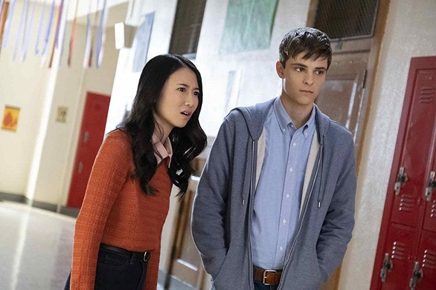 Рецензия на одиннадцатый эпизод сериала «Навстречу тьме» - «Школьный дух»