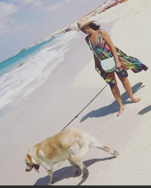 بالصورة المثيرة: داليا البحيري تثير الجدل بملابس البحر!