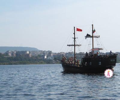 Корабль пиратов Pinta Varna