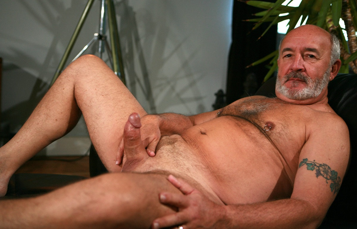 gay men with big dicks pics