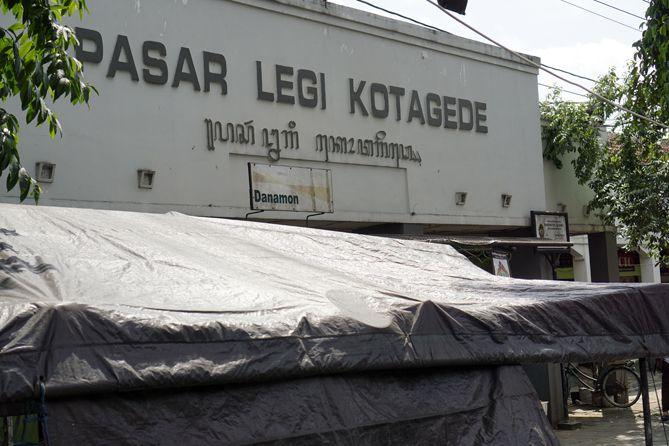 Plang Tulisan Pasar Legi Kotagede