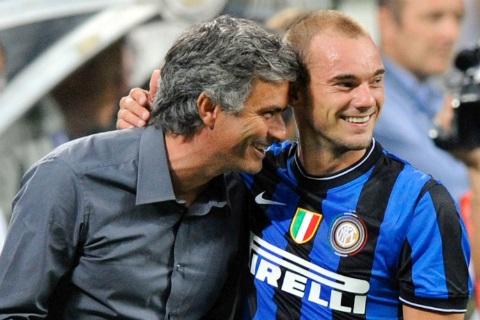 Sneijder và người thầy của mình